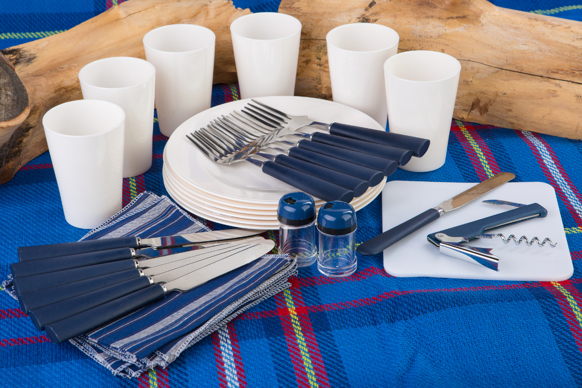 best camping plates and bowls for 2021.