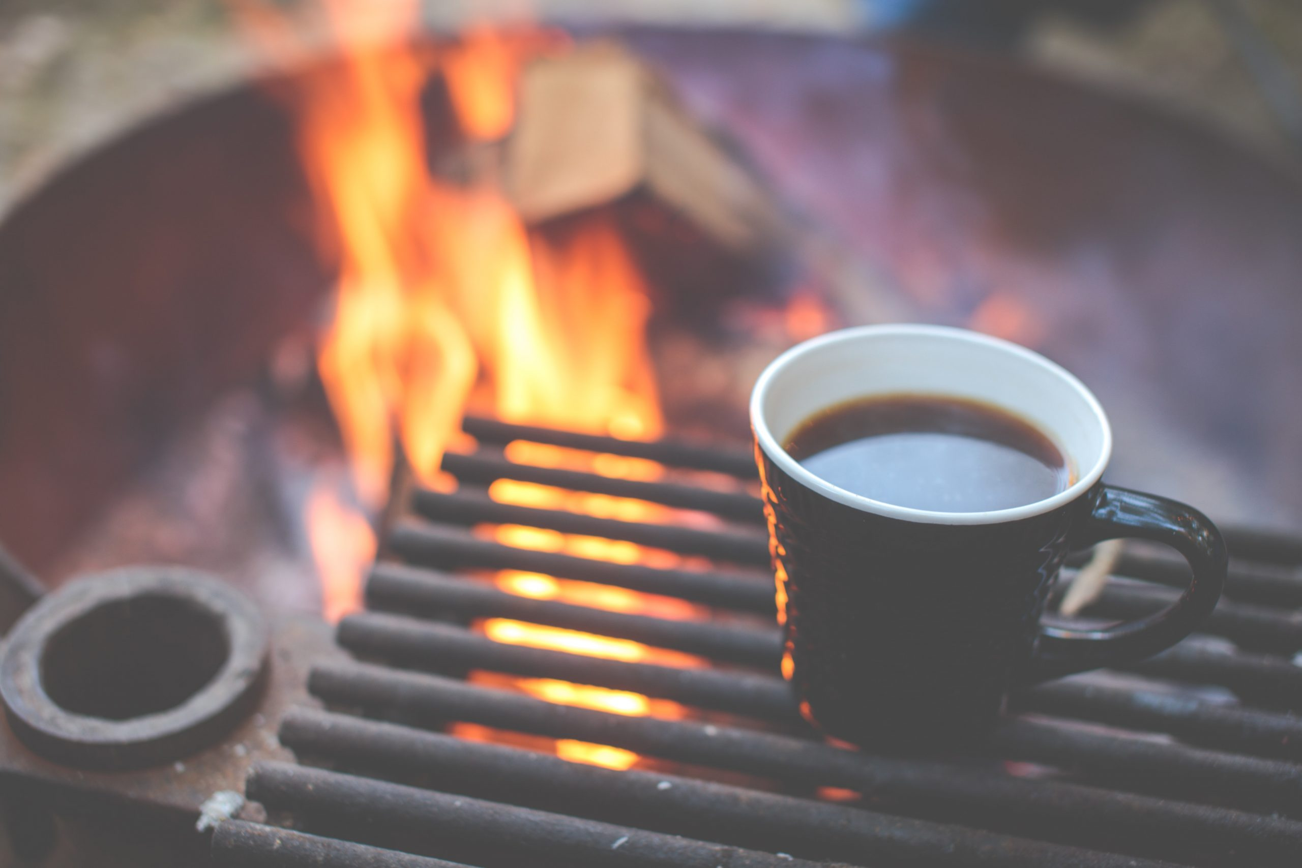 High on the list of essential camping gear is a good ceramic or enamel mug. Here are 8 high-quality camping cups that we love. Enjoy!