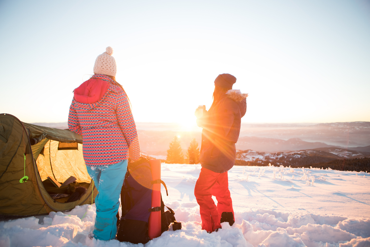 A cold weather sleeping bag will keep you warm when the temperatures drop. Here are 5 of the best sub-zero sleeping bags you can buy in 2021.